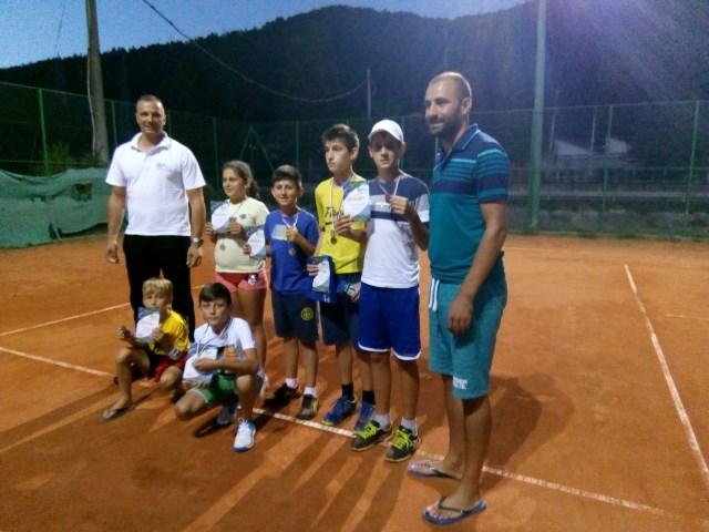 Brus tenis0819