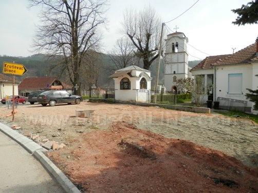 parking Crkva