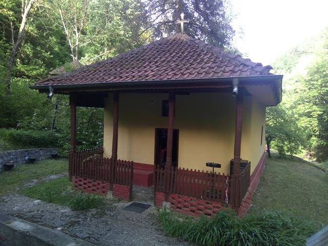 Manastir Strmac1