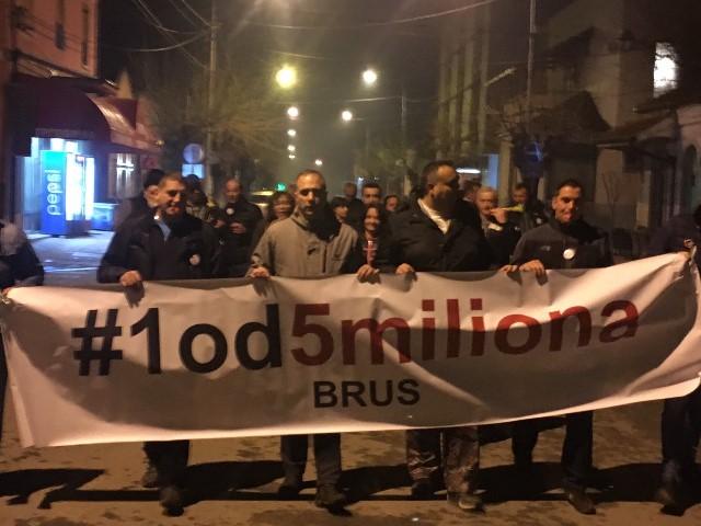 protest Brus9319