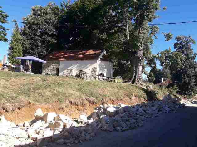 KrivaReka crkva0817c
