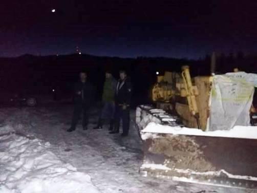 Rendara310117 buldozer