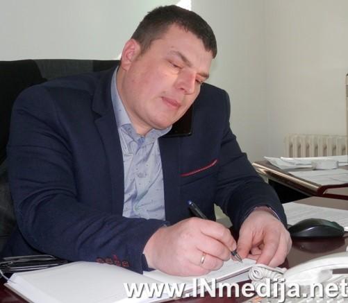 Azdejkovic Milos2